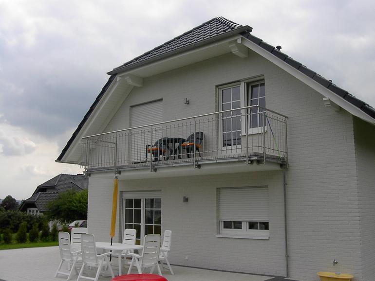 balkon edelstahl 04 balkone leistungen edelstahl und metallbau schlosserei balsmeier. Black Bedroom Furniture Sets. Home Design Ideas