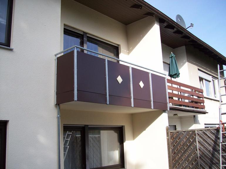 balkon stahl werzalit 02 balkone leistungen edelstahl und metallbau schlosserei balsmeier. Black Bedroom Furniture Sets. Home Design Ideas