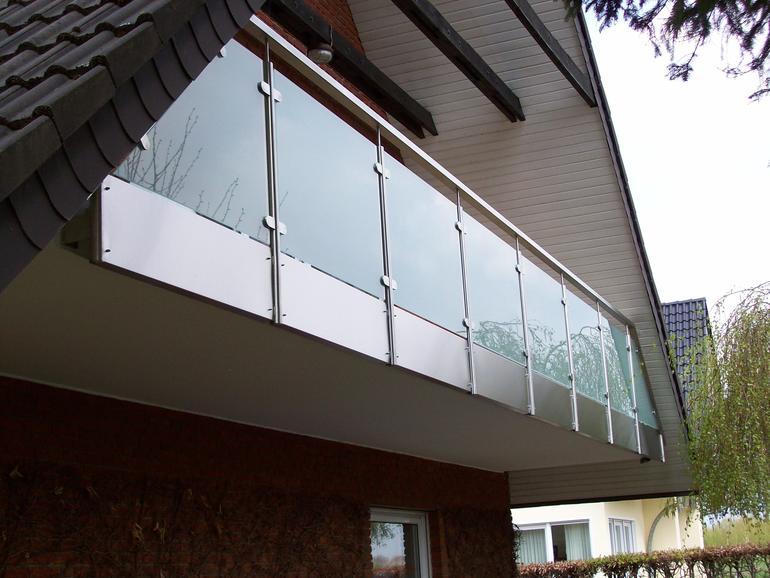 balkon edelstahl glas 01 balkone leistungen edelstahl und metallbau schlosserei balsmeier. Black Bedroom Furniture Sets. Home Design Ideas